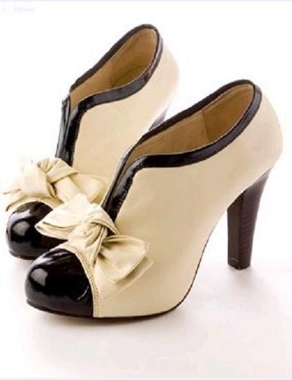 11b35d9ba ... Coco los llevo a los pies femeninos inspirada en los zapatos de la  época y hoy se hacen modelos estilo oxford, de tacón, en cuero en charol,  etc.