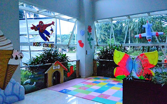 Kids Corner untuk bermain anak-anak
