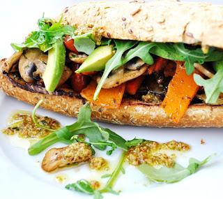 pesto-rosso-grilled-veggie-sandwich