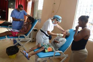 Obras Públicas y alcaldía de San Cristòbal  realizan operativos médicos en barrios