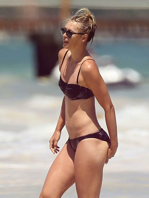 Maria Sharapova Bikini Photos: 2014 in Cancun