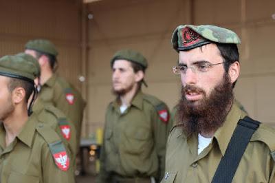 Barba de soldados gera polêmica em Israel