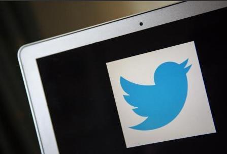 تويتر لايقوم بحذف الرسائل القديمة