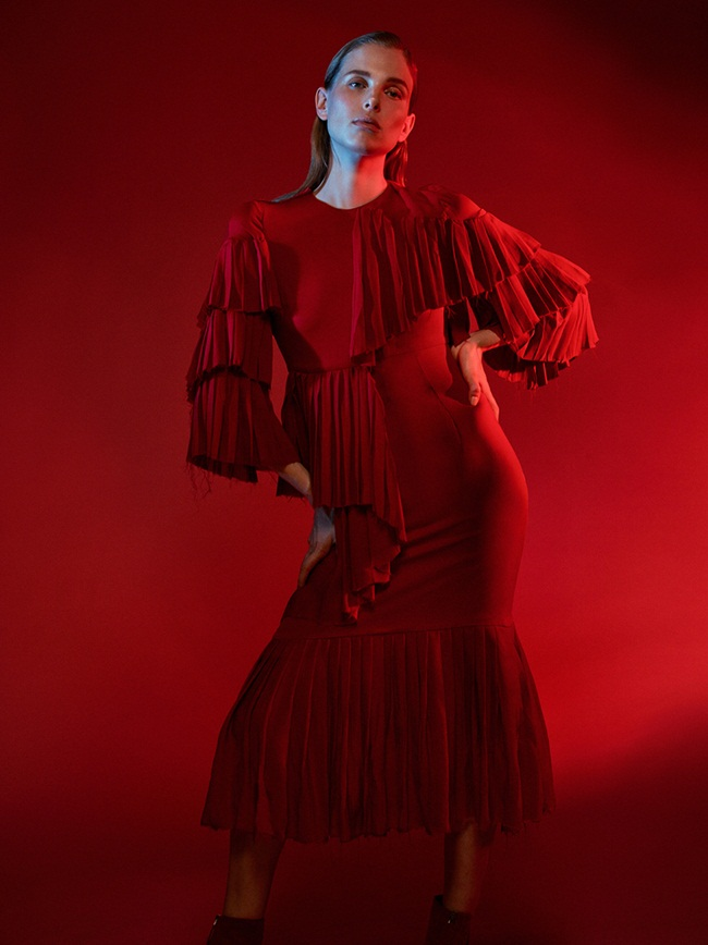 Gucci 2015 AW Red Layered Silk Satin Georgette Plisse Ruffle Dress Editorials