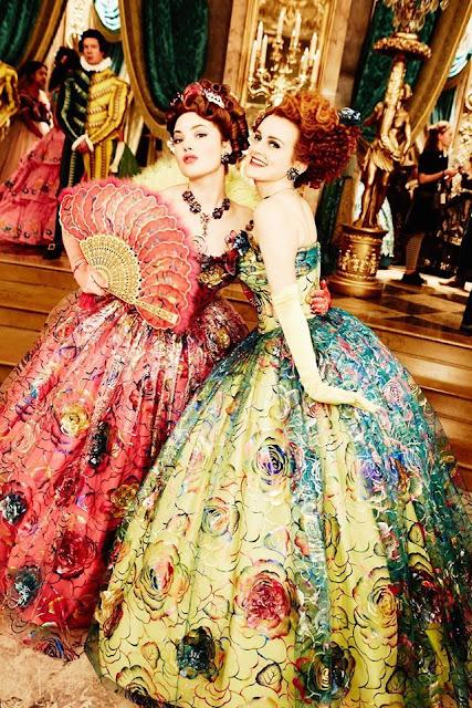 Anastasia e grizelda vestidos