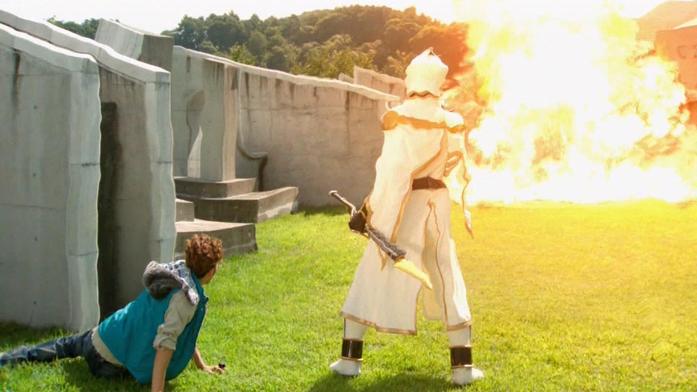 Kamen Sentai: Kamen Rider Wizard Episode 50 Review: Please VS Now