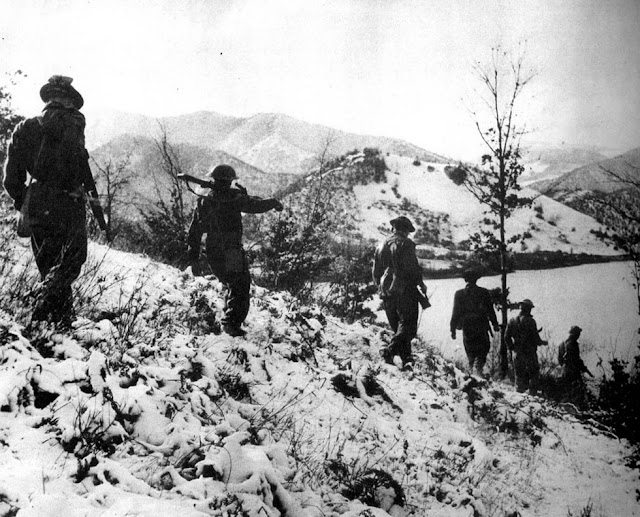 South African 6th Armoured Division, Winter Patrol, Italy 1945