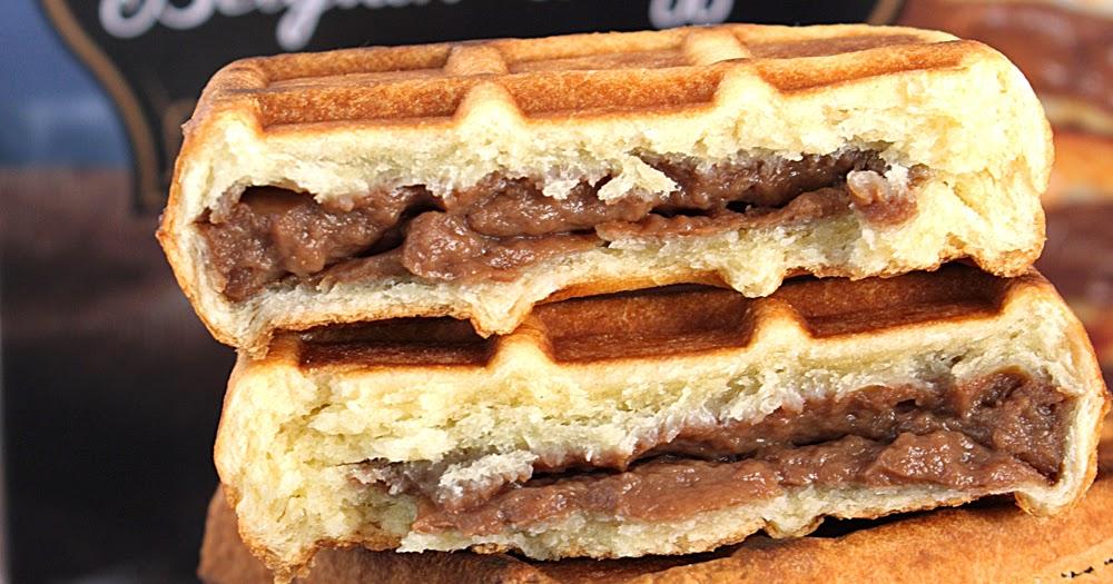 Sometimes Foodie: Chocolate Filled Belgian Waffles - Aldi