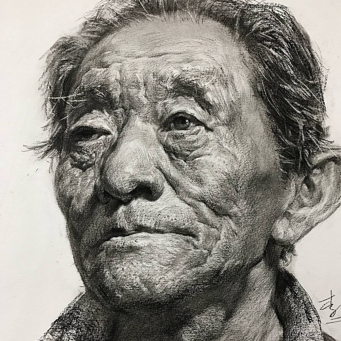 07-Lee-Charcoal-Portraits-full-of-Expressions-and-Emotions-www-designstack-co