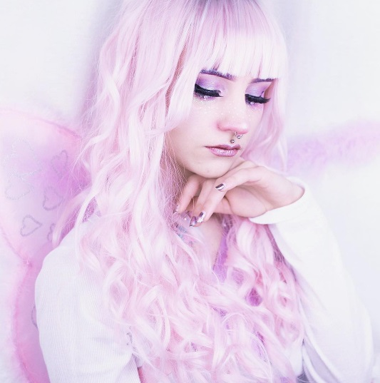 Instagram bubblechutea pastel pink hair kawaii makeup fairy