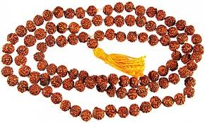 The advantages of wearing Rudraksha beads and basil