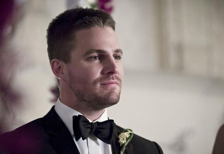 Performers Of The Month - April Winner: Outstanding Actor - Stephen Amell