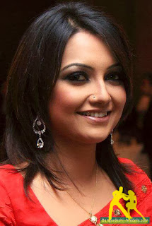 Bangladeshi Actress Nowshin Biography With age, height, weight, hot images, Bra size