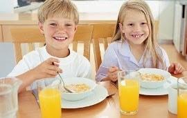 enseñar a comer y a disfrutar de la comida será fundamental en su futuro