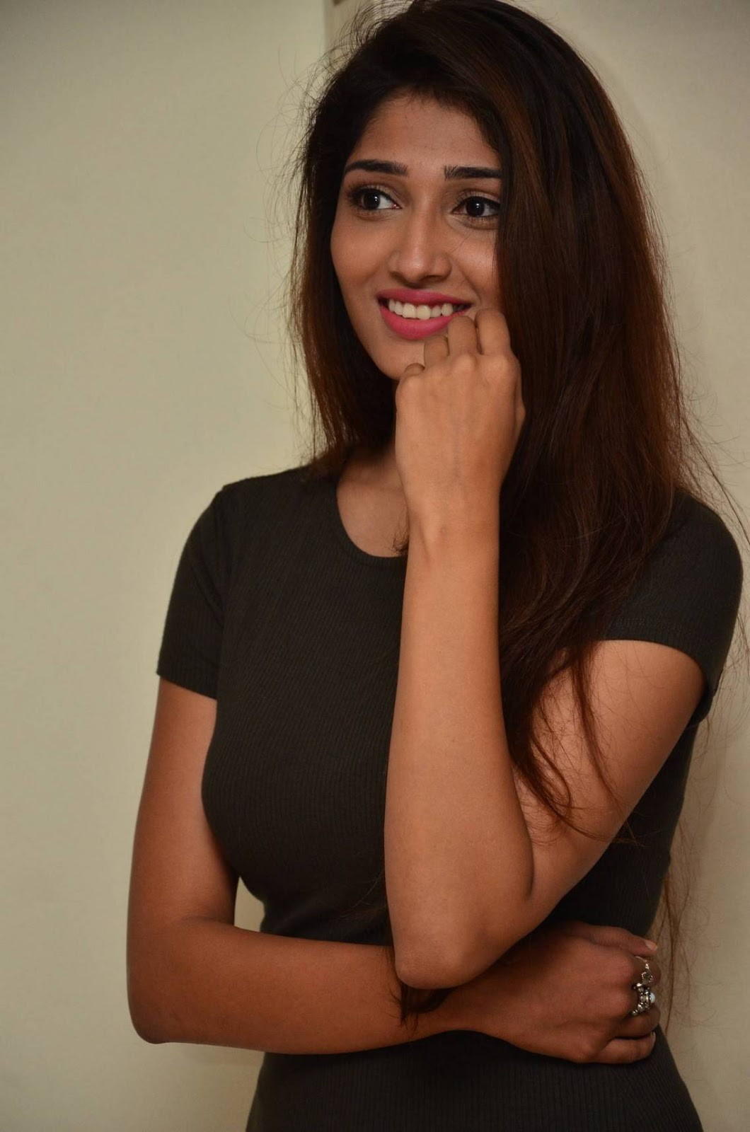 Beautiful Tamil Girl Priya Vadlamani Long Legs Show In Black Mini Skirt