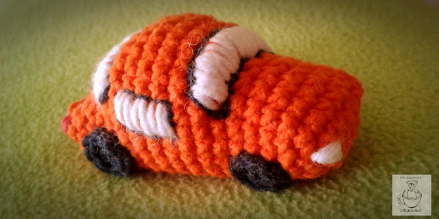 Crochet car - Ofuniowo