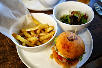 Mes Adresses : Le Bar à Burger, inspiré et original - 18 avenue Claude Vellefeaux - Paris 10