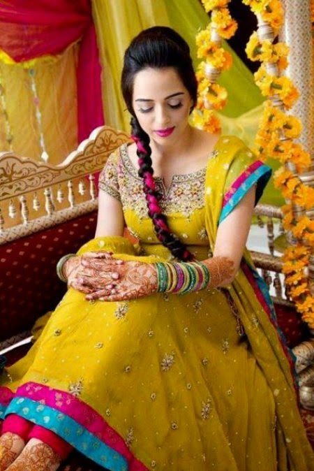 8aed7e55215f Latest-Pakistani-Bridal-Wear-mehndi-Dresses-New-Collection-2014-For ...