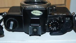 Yashica FX-3 tampak atas