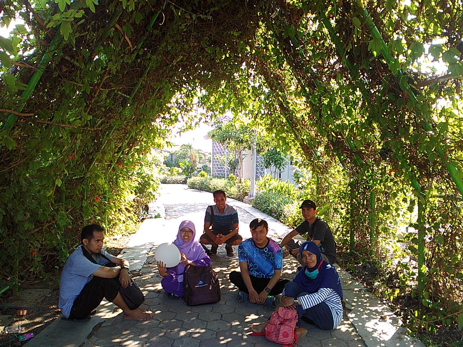 Wisata Gratis Di Hutan Bambu Dan Taman Sakura Surabaya Rumah