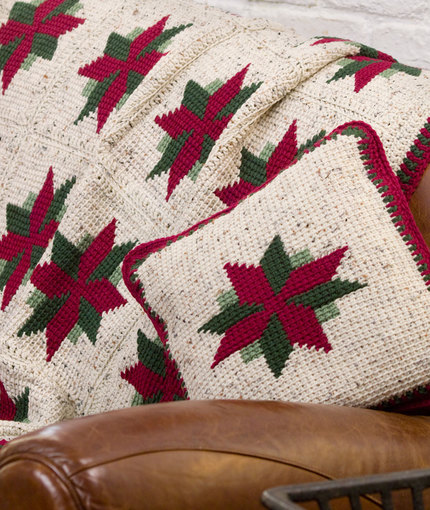 Free Knitting Patterns Christmas Pillows : Miss Julias Patterns: Free Patterns - 15 More Christmas Ideas from Red H...