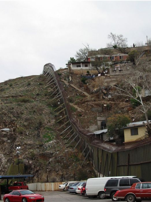 Today in history: Treaty defines US/Mexico border, US ...  |What Two States Border Mexico
