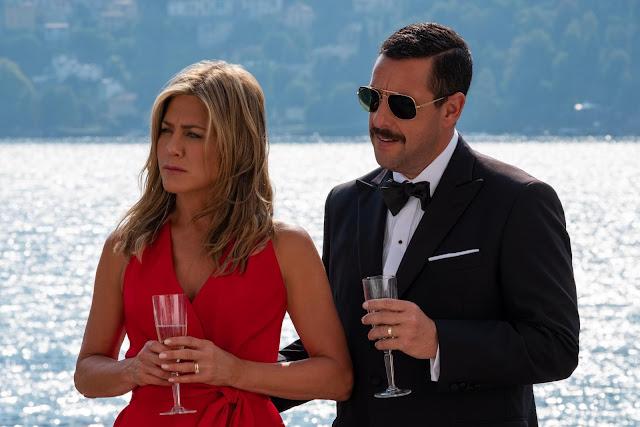 """Adam Sandler e Jennifer Aniston estão de volta no trailer de """"Mistério no Mediterrâneo"""""""