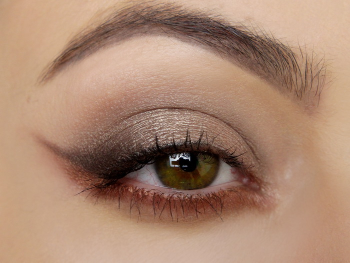 Manhattan Eyemazing Nude Eye Palette