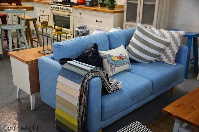 ספה כחולה blue sofa