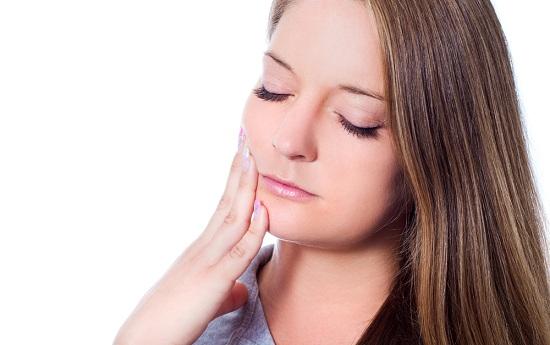6 Cara Menghilangkan Sakit Gigi Berlubang Dengan Cara Alami