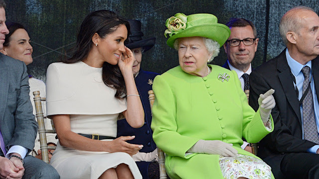 Reportan que Isabel II vetó el acceso a sus joyas a Meghan Markle