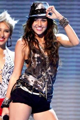 Foto de Miley Cyrus en plena presentación