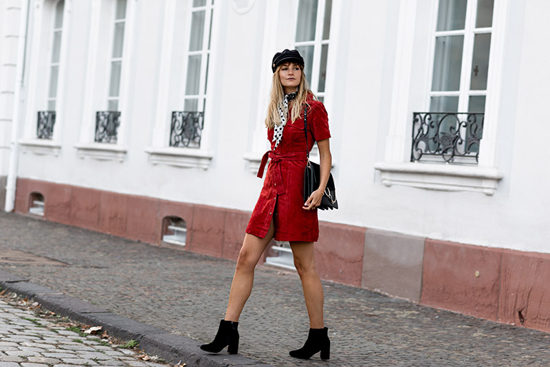 chic-outfit-idea-perfect-fall-dress-2018-french-blogger-brigitte-bardot-style-blogueuse-mode-francaise-blog-mode-lorrain-lorraine-seventies-look