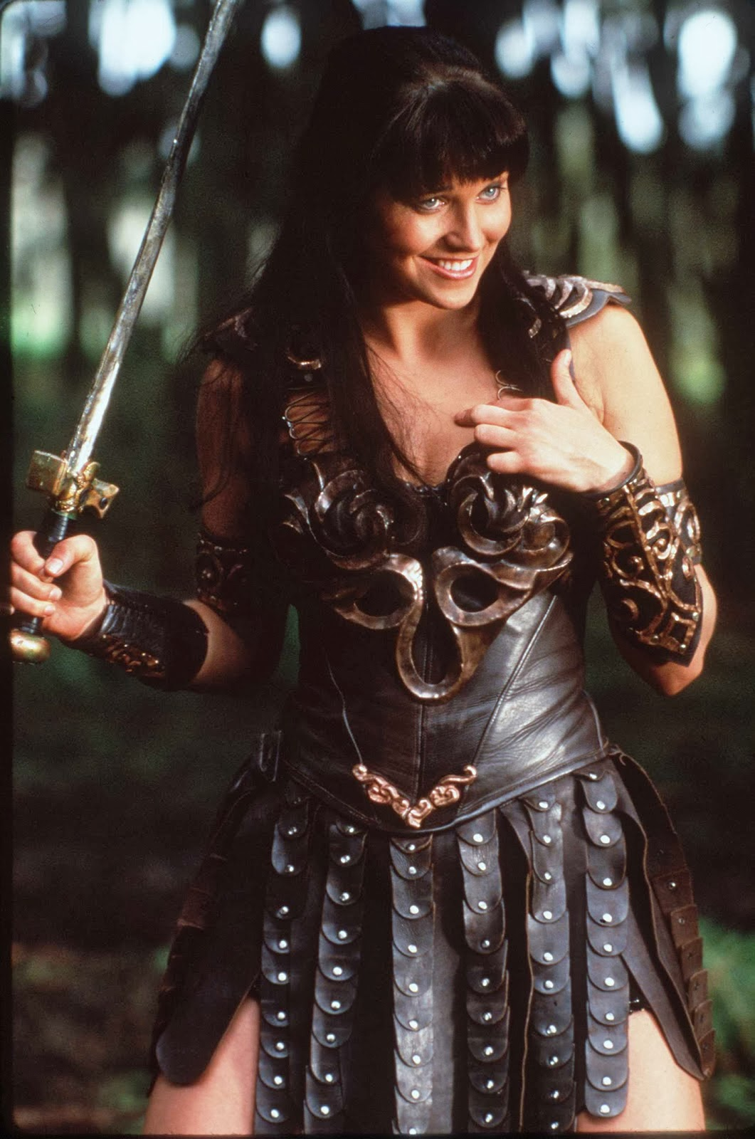 Xena Prop Treasures: Comparisons: Xena sword
