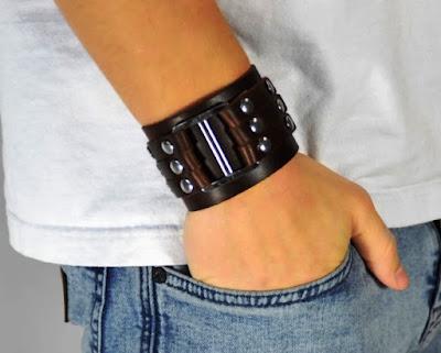 Brățări pentru bărbați care pot fi purtate și de femei