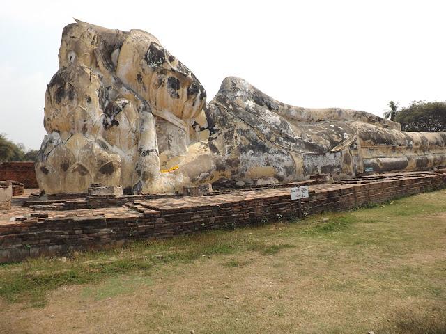 Wat Lokayasutha, temple Thaïlande, Ayutthaya, location vélo, guesthouse
