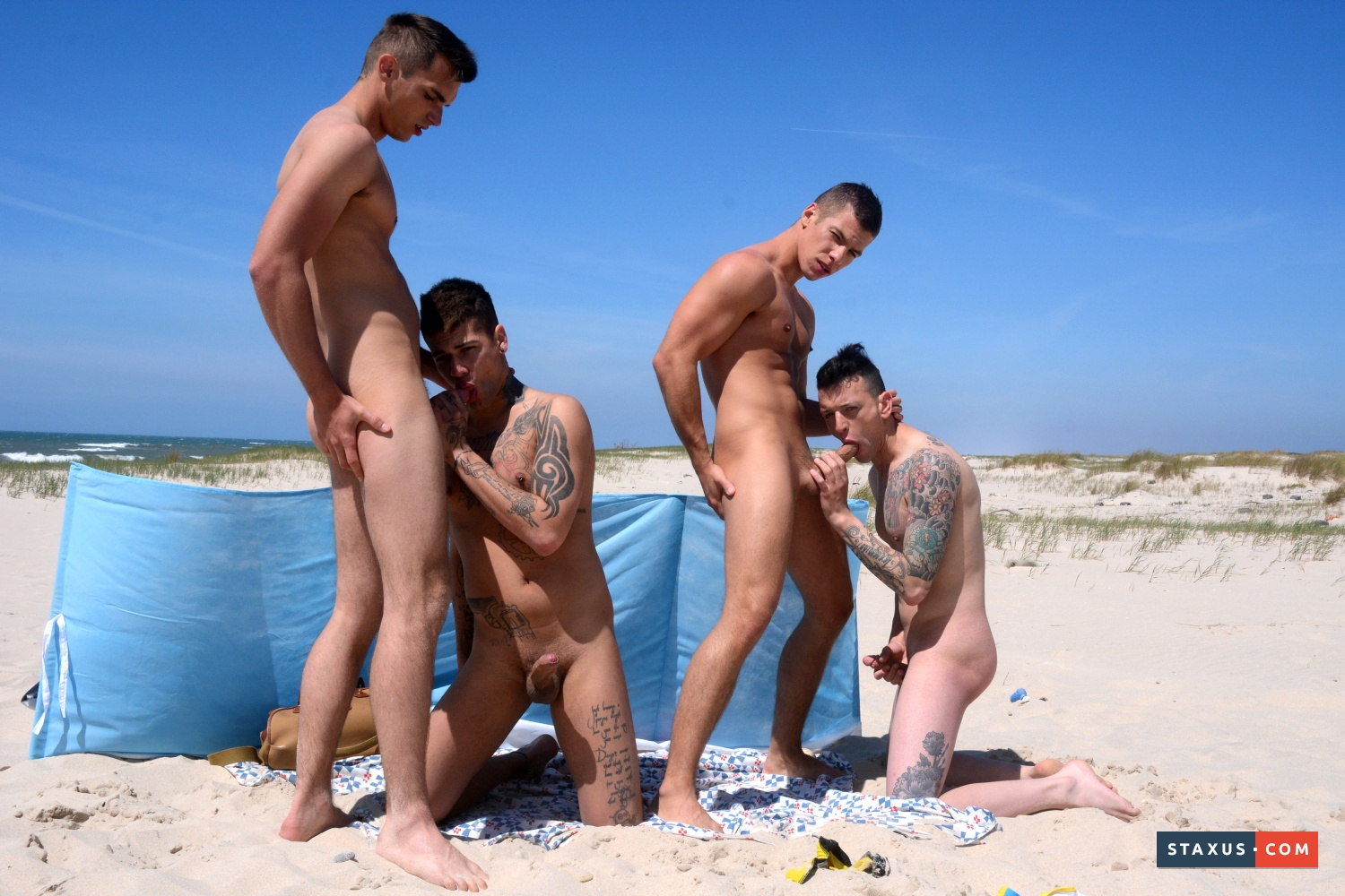 Outdoors men naked cock gay joe gets a big