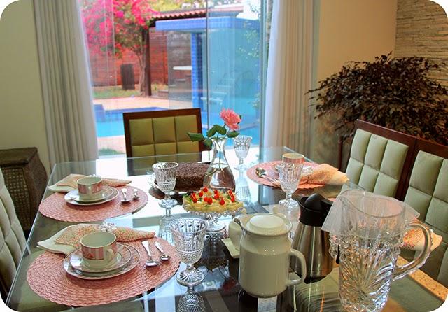 Mesa para Lanche ou Café da Manhã