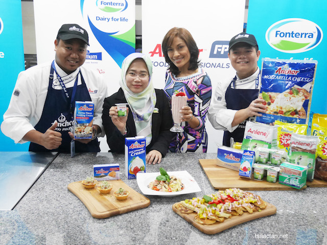 Fonterra's Cooking Demonstration in conjunction with World Osteoporosis Day