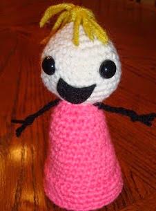 http://translate.google.es/translate?hl=es&sl=en&tl=es&u=http%3A%2F%2Fae-creations.blogspot.com.es%2F2010%2F10%2Fallie-brosh-amigurumi-doll.html