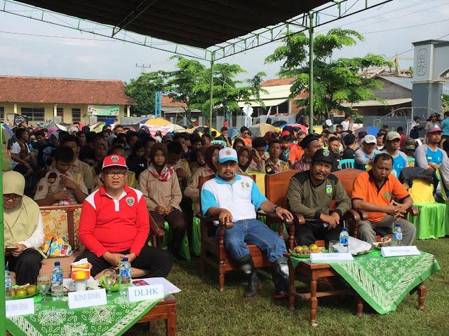 Revitalisasi hutan mangrove pesisir Jepara yang diselenggarakan oleh wahana pencinta alam dan lingkungan hidup (WAPALHI) Fakultas Syari'ah dan Hukum UNISNU Jepara dihadiri Kepala Dinas Lingkungan Hidup (DLHK) Jawa Tengah.