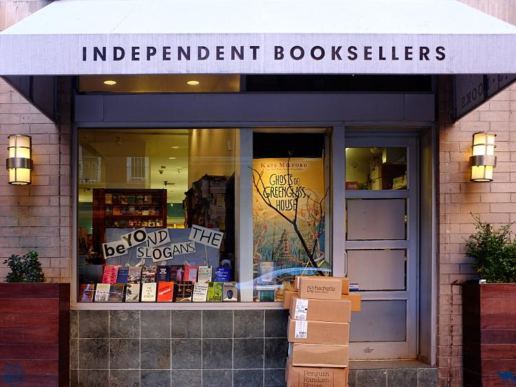 Le Chameau Bleu - Librairie de New York - Voyage à New York