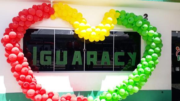 Comemorando 55 anos de emancipação política de Iguaracy, município, ganha tratores, inaugura sala do empreendedor e abre feira
