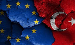 Die Welt: Η Τουρκία έχει κάνει μεγάλα βήματα μακριά από την ΕΕ