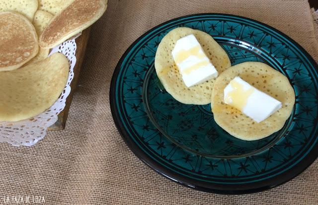 baghrir-creps-con-queso-y-miel