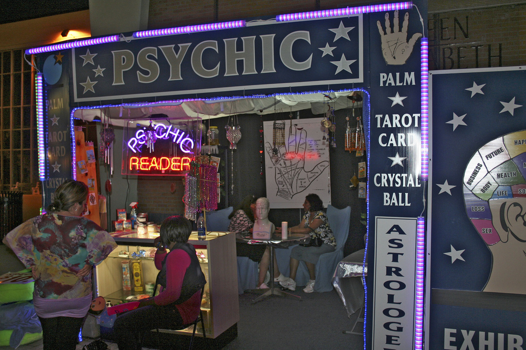 how to become a psychic reader online
