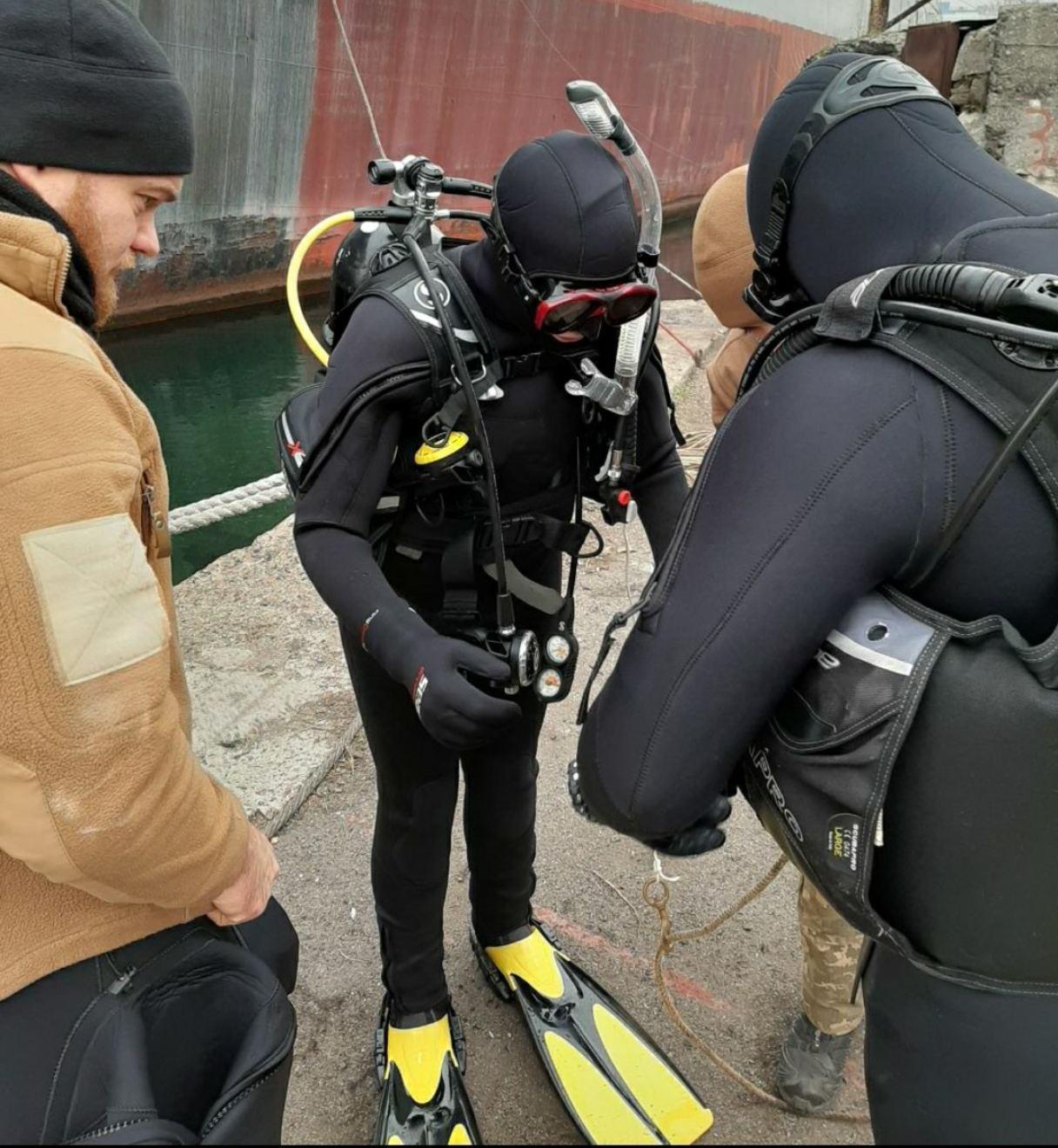 Перша жінка-водолазка ЗСУ пройшла випробування, які не витримують до 70 відсотків чоловіків