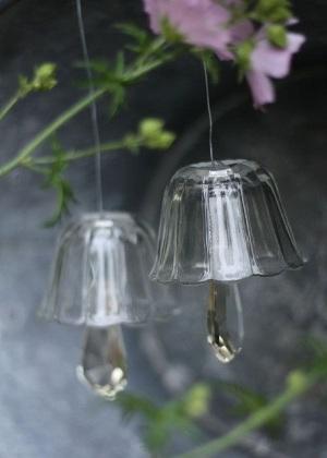 Lonceng angin terbuat dari ornamen gelas