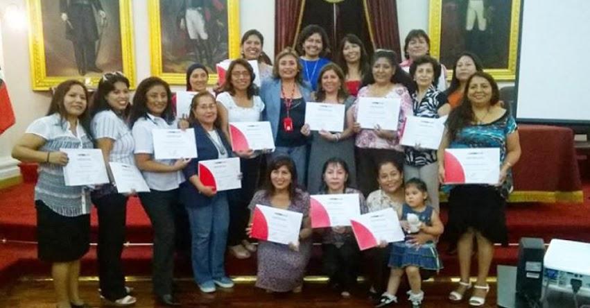 Docentes Fortaleza culminan curso «La investigación - Acción en inglés» DRELM - www.drelm.gob.pe