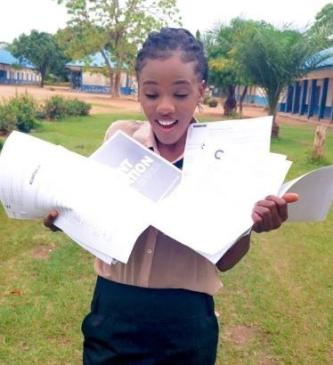 Brilliant Nigerian lady flaunts 10 admission letters she got from foreign universities